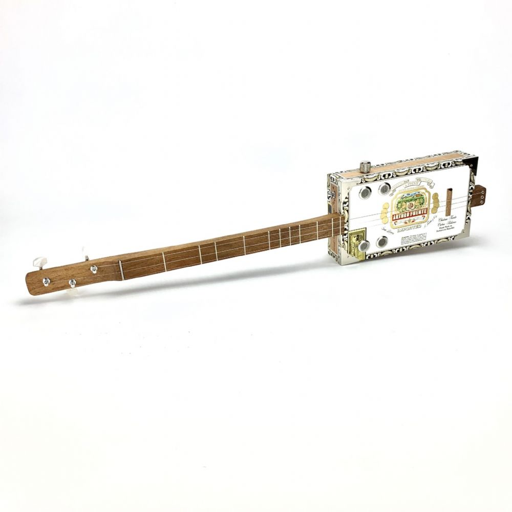 Cigar Box Guitar Arturo Fuente Box 3 String Electro Acoustic Volume